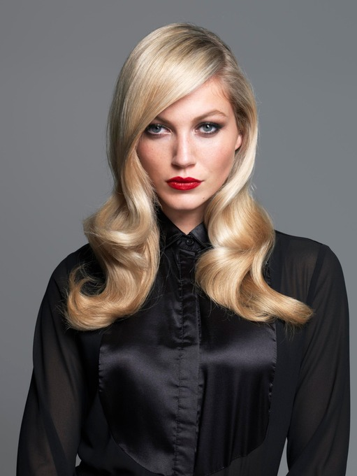 Classy blond curls by Molbys Hair